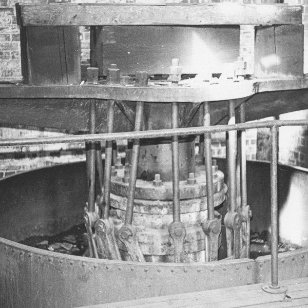 Heritage impact statement CMP Sydney Hydraulic Pump St Darling Harbour top of accumulator